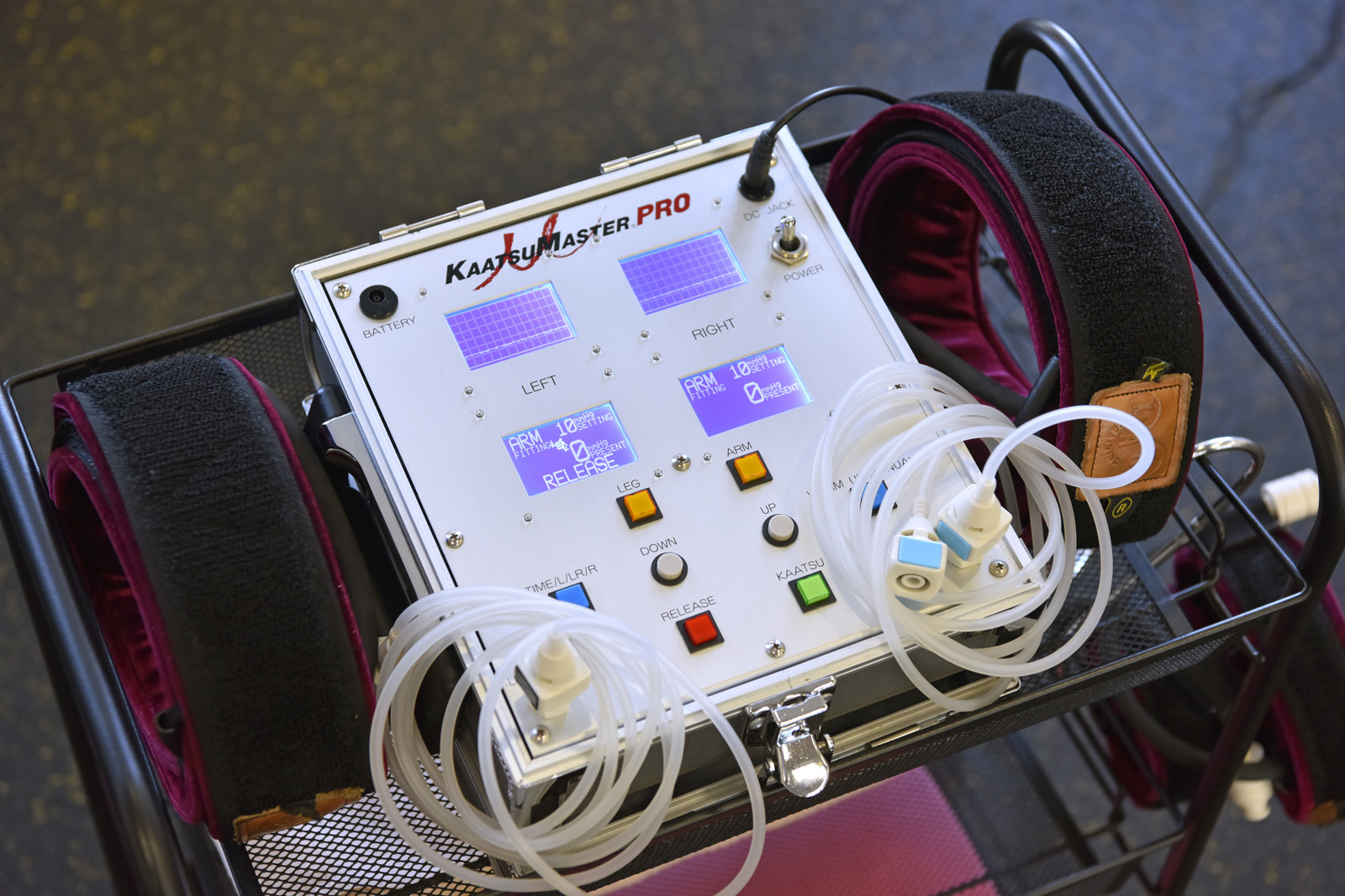 横浜加圧パーソナルトレーナー鈴木の加圧機材