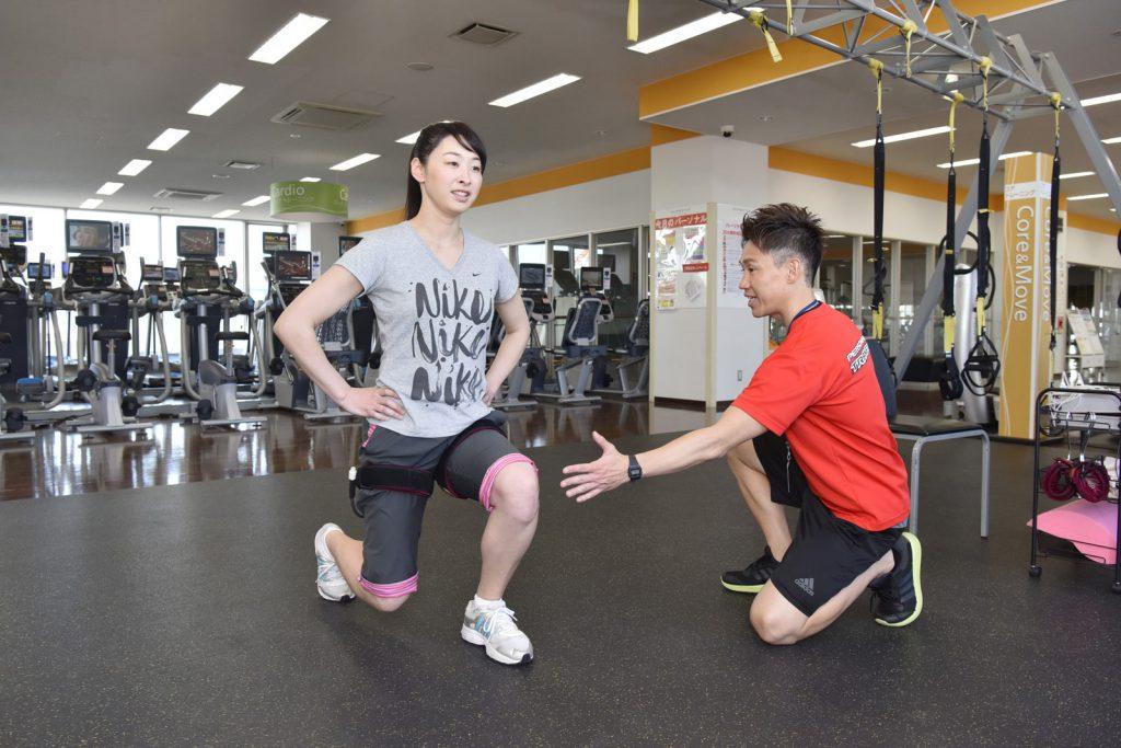 横浜加圧パーソナルトレーナー鈴木の脚の指導