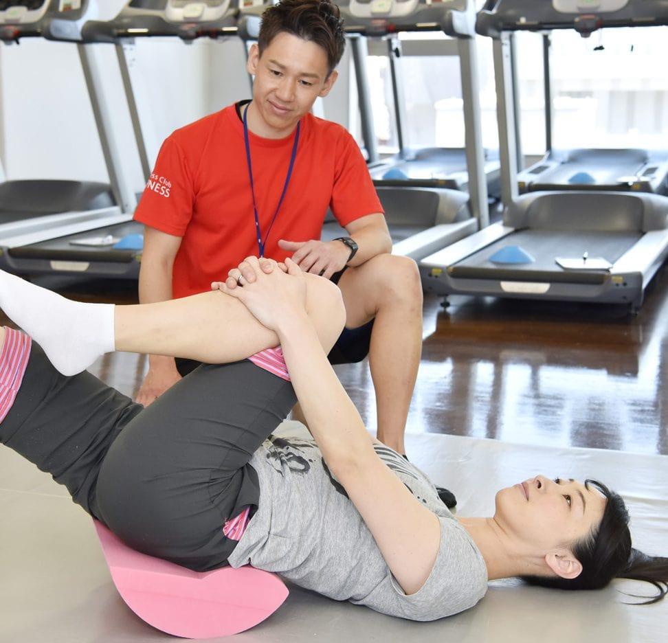 横浜加圧パーソナルトレーナー鈴木の骨盤の指導