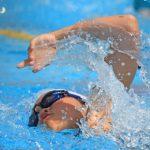 プールでの水泳とジムでの筋トレ、どちらが痩せますか?というご質問